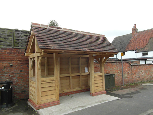 Oak framed bus shelter by Shires Oak Buildings