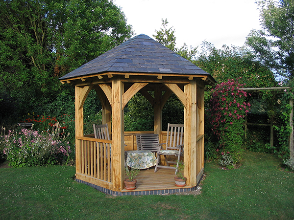 Oak framed gazebo by Shires Oak Buildings
