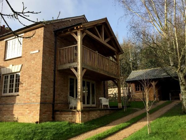 Oak framed balcony project by Shires Oak Buildings