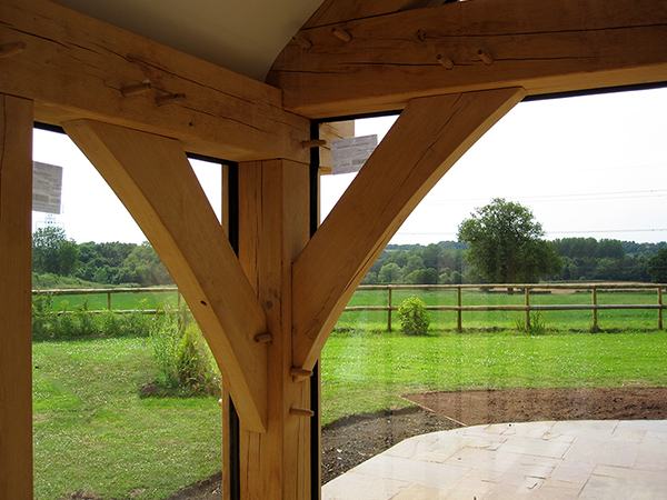 Oak framed garden room, corner detail, by Shires Oak Buildings
