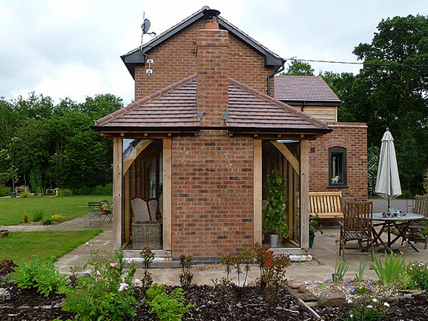 Oak framed garden room project by Shires Oak Buildings
