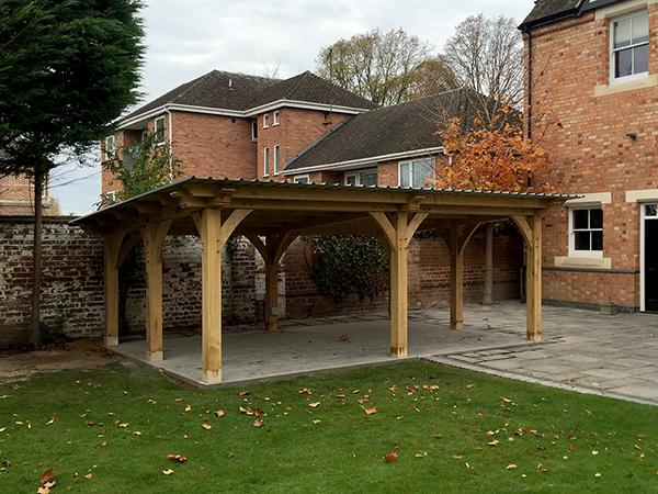 Oak framed garden shelter by Shires Oak Buildings