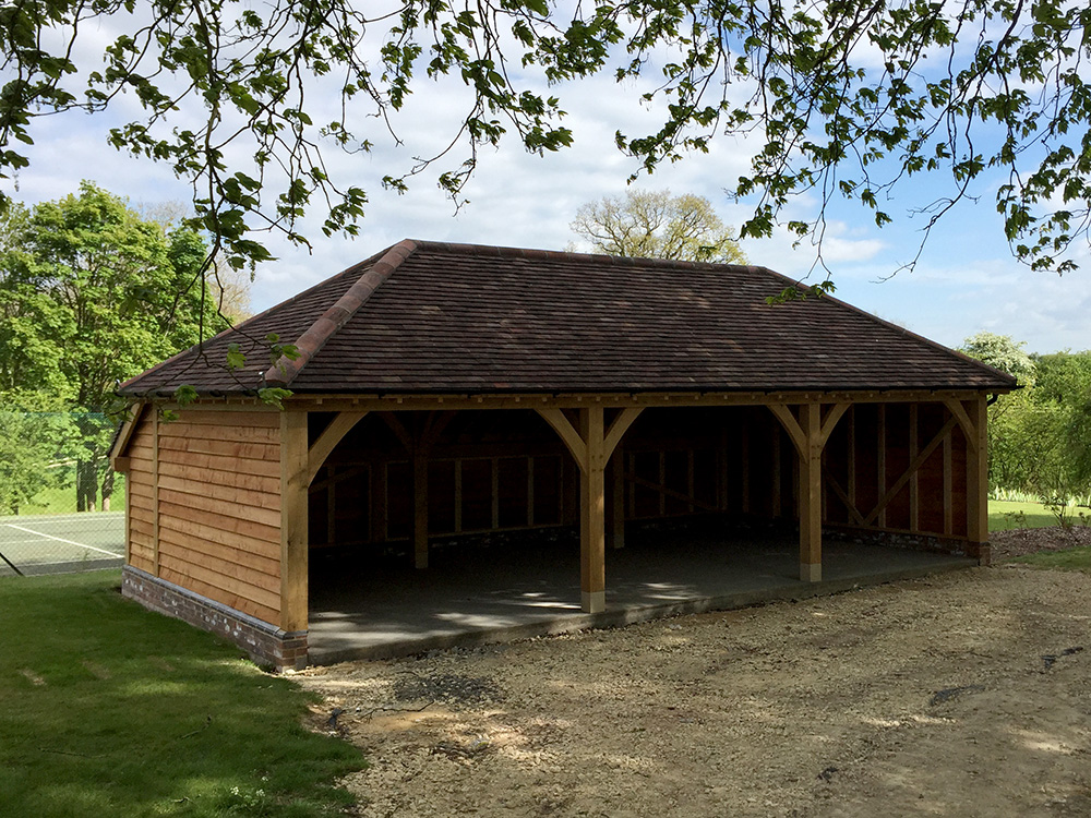 Oak framed 3 bay garage by Shires Oak Buildings