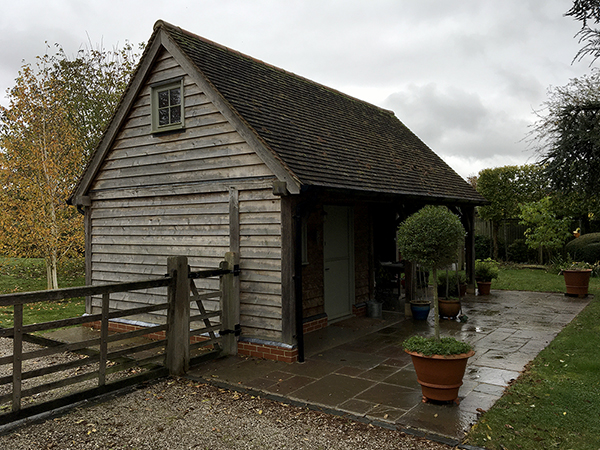 Oak framed garden store, left hand elevation, by Shires Oak Buildings
